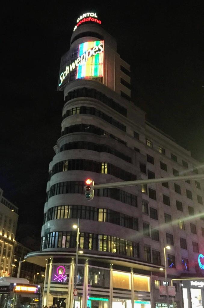 Edificio Carrión (Edificio Capítol)